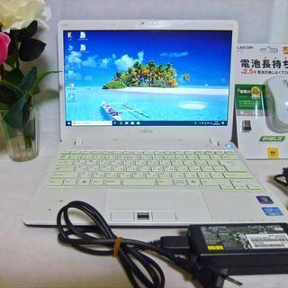 富士通ノートパソコン FMV LIFEBOOK SH54/E  ...