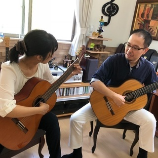 宝塚駅前 大人のためのギター教室