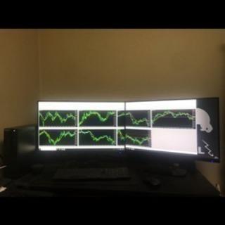 パソコン デスクトップ マルチモニター 投資 ゲーミング