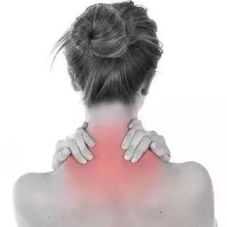 片頭痛、頸椎症、五十肩、腰痛、交通事故後遺症⋯⋯普通のマッサージ治りません‼️何故⁉️これは筋肉や骨の原因ではなく、経絡から根本原因解決しなければなりません‼️ - 那覇市