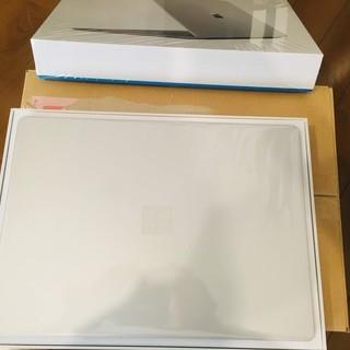 Microsoft Surface Laptop 2018年6月発売版