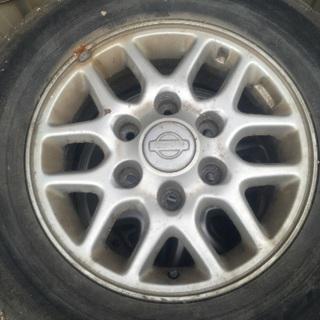 日産純正アルミホイール4本タイヤ付