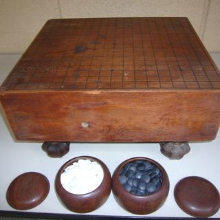 【囲碁盤(足付き)・碁石付きセット】