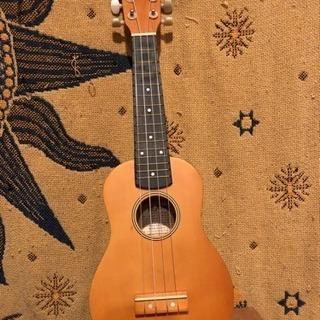 ウクレレ ハワイ 楽器