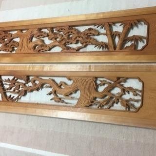 欄間 立体彫刻★天然木彫板 2枚「長窓に竹と梅」 171.5×37×3cmの画像
