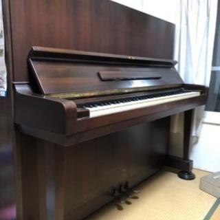 ヤマハアップライトピアノ U-5ペダル3本