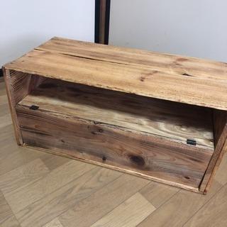 りんご箱でつくった棚