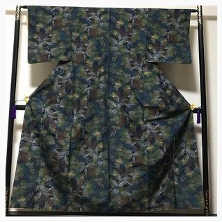 未使用 やまと謹製 極上 美品 正絹 紬 袷 紺 多彩 織り柄 中古品