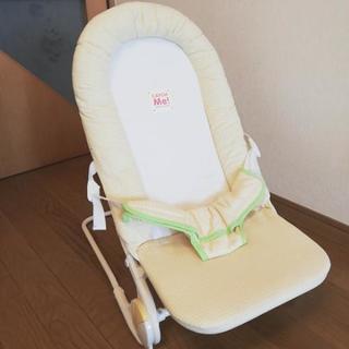 14.【無料】ベビーチェア(折りたたみ可能)
