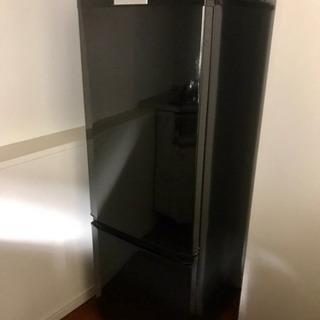 三菱冷凍冷蔵庫 (黒) 1人や2人暮らしにぴったり!