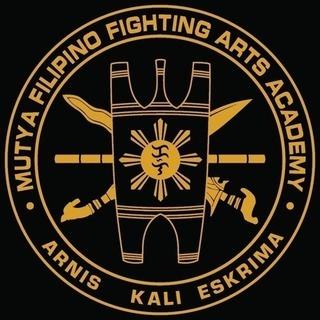 フィリピン武術 アーニス、カリ、エスクリマを練習しませんか