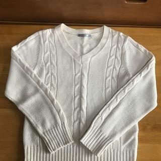 千趣会で購入 白Vネックセーター レディース Mサイズ