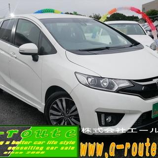 中古自動車の展示車クリーニング 内外装の清掃 国産スポーツタイプの車両多数あります。 − 埼玉県