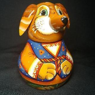 ロシアの民芸品 手塗りの犬 小物入れ