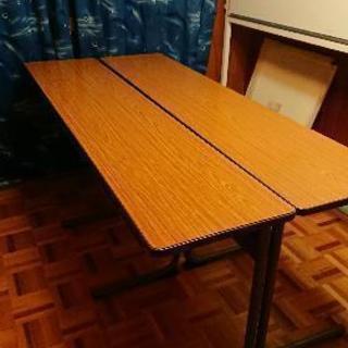 塾やオフィスで使用できる三人がけ机/2台