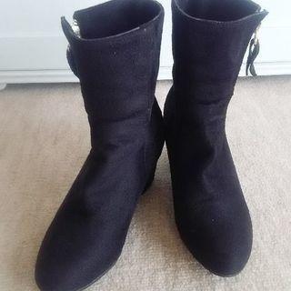 ◆ブラック・ショートブーツ◆36size