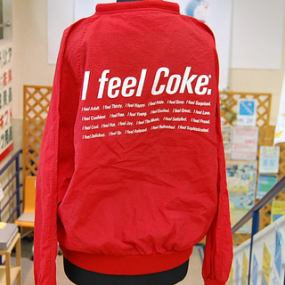 I feel Coke. 赤パーカー Lサイズ シャカシャカ ポ...