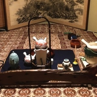 ほうじ茶で心と身体の温まる『寒椿煎茶会』【2月期】