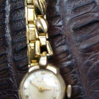 昭和の珍しい手巻きアンティーク時計⌚