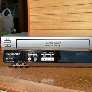 【DVDプレーヤー一体型ビデオデッキ】パナソニック NV-VP33 ※リモコンなし - 家電