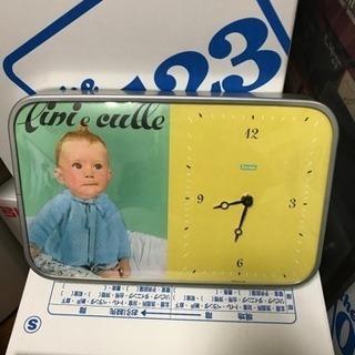 アンティーク風の掛け時計