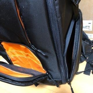 新品 Amazonベーシック カメラバッグ デジタル一眼レフ&ノートパソコン用リュック 元箱付き - 靴/バッグ