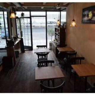 勤務時間・曜日応相談☆週1からでもOK♪カフェでのパート・…