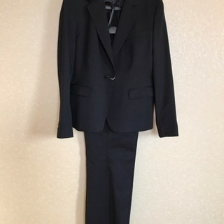 新品★洋服の青山★就活用パンツスーツ(15・17号)黒