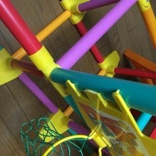 室内遊具!ジャングルジム&滑り台 - 広島市