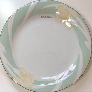 新品未使用 イヴ・サンローランお皿6枚セット