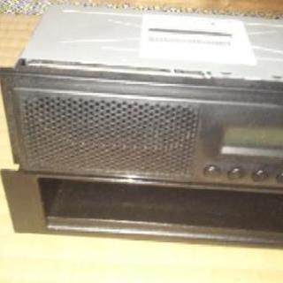 【値段交渉可】SUZUKI純正AM/FMラジオ+小物入れ
