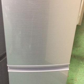 【送料無料・設置無料サービス有り】冷蔵庫 2018年製 SHARP...