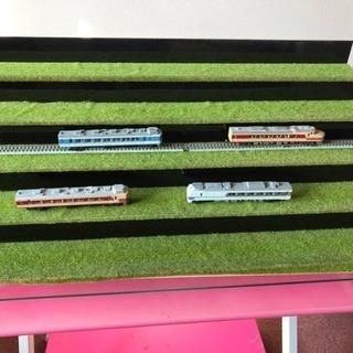 電車 Nゲージ ラック ディスプレイ 飾り棚 コレクション 台
