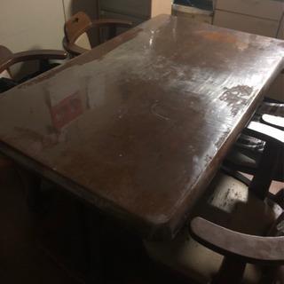 4人掛け回転式椅子付きダイニングセット