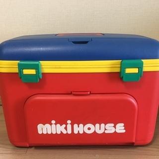 MIKI HOUSEのおもちゃ入れ