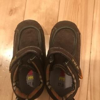 新品未使用✨17センチスエード調靴