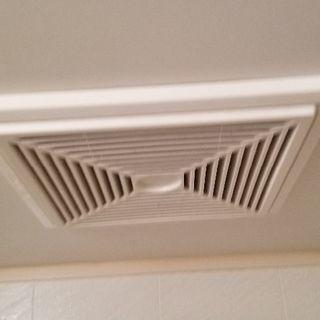 浴室換気扇100V-1室換気 中古差し上げます