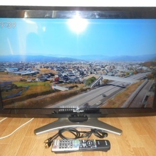 2010年製 Sharp 32V型 ハイビジョン液晶テレビ AQ...