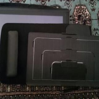 Wacom  CintiqCompanionHybrid16GB