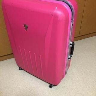美品  大きいスーツケース