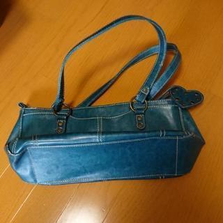 【無料】綺麗なブルーのバッグ‼️まずは、お問い合わせくださいm(...