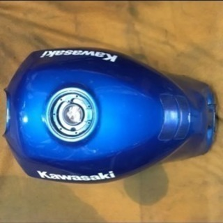 Kawasaki GPZ1100 水冷 純正ガソリンタンク