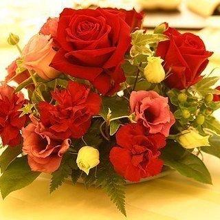 卒業式・入学式・退職など・・・お花のご注文お待ちしております。