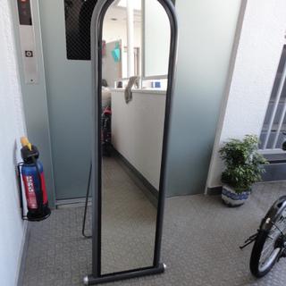 ミラースタンド・姿鏡155㎝×40㎝