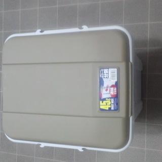 ゴミ箱を0円で譲ります。