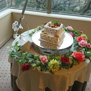 ケーキ台の装花