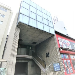 中川区 貸店舗 ☆路面! 駐車場6台付き、2階建て貸店舗!…