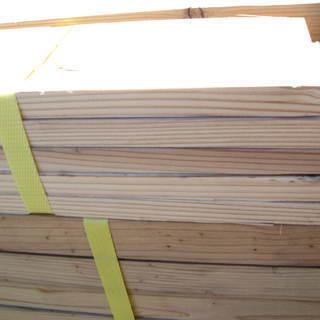 材木 (杉)の画像