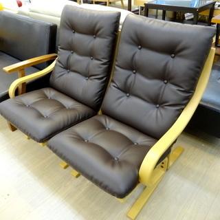 冨士ファニチアの2人掛けソファーです!
