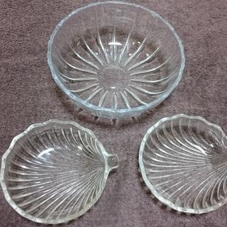 【お譲りします】ガラスの器3枚【昭和レトロ】